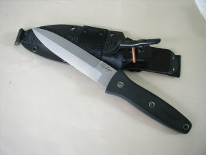 BLACKJACK MANUFACTURED BLACKMOOR 2000 TACTICAL FIGHTER KNIFE